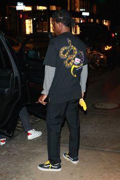 Discover exactly what clothes ASAP Rocky is wearing. Asap Rocky Outfits, Asap Rocky Vans, Asap Rocky Asap Ferg, Asap Rocky Lsd, Hip Hop Fashion, New Fashion, Urban Fashion Girls, Future Fashion, Spring Fashion