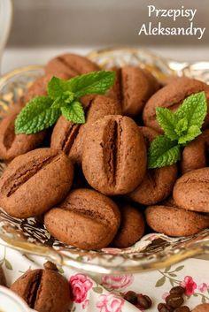 "Przepisy Aleksandry: CIASTECZKA ""ZIARENKA KAWY"" Baking Recipes, Cookie Recipes, Dessert Recipes, Homemade Sweets, Gateaux Cake, Vegan Sweets, No Bake Cookies, Food Cakes, Food Inspiration"