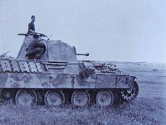 """Panther"" SS division ""Viking"" Mg 34, Luftwaffe, Ww2 History, Military Armor, Tiger Tank, Ww2 Tanks, Battle Tank, World Of Tanks, Historia"