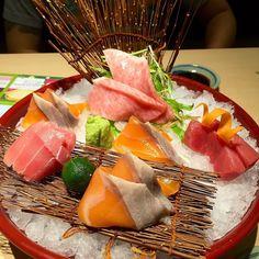 // salmon belly x maguro x chutoro x otoro #sashimi by leepnv