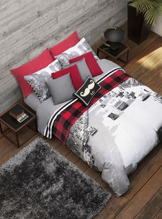 Teen Bedroom Ideas - Produce a room loaded with personal expression, influenced by these teen room concepts. Whether kid or woman, infiltrate and also locate a style that fits. Modern Teen Bedrooms, Guest Bedrooms, Bedroom Red, Bedroom Decor, Bedroom Ideas, Home Staging, Airplane Room Decor, Teen Bedding, Plaid Bedding
