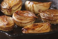 9 Best Prebiotic Foods for Optimal Ways to Eat Baked Onions, Caramelized Onions, Cipollini Onions, New Recipes, Cooking Recipes, Passover Recipes, Fodmap Diet, Low Fodmap, Gastronomia