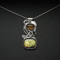 Światłoczuły - pendant with citrine and labradorite   follow me on FB www.facebook.com/Fiann.AnnaFideckaJewelry.ArtClay #pendant #silver #jewelry #handmade #silverjewellery #fiann #oneofakind #uniquejewelry #metalwork #madewithlove