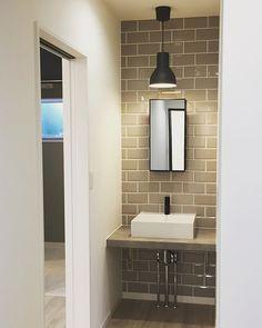 Cafe Interior Design, Interior Styling, Small Toilet Design, Washbasin Design, Restroom Design, Natural Interior, Washroom, House Rooms, Powder Room