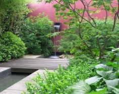 I love the colour of the rear wall - del Buono Gazerwitz Landscape Architecture