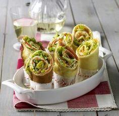 Das Rezept für Pfannkuchen-Wraps mit Frischkäse-Lachs-Füllung und weitere kostenlose Rezepte auf LECKER.de