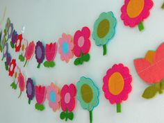 Think i could have a go at this flower garland. Handmade by alice apple