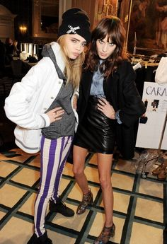 carbarapalvingne:  Cara Delevingne and Alexa Chung backstage at Mulberry