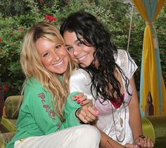 Vanessa Hudgens & Ashley Tisdale | by cece155