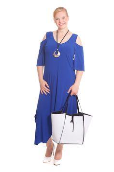 Big Size Kleid von Design for you www. Big Size Fashion, Boutique, Austria, Cold Shoulder Dress, Plus Size, How To Make, Dresses, Design, Fashion Plus Sizes