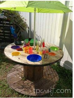 10 Fun DIY Backyard Projects To Surprise Your Kids Giant Spool Upcycled into an Outdoor Science Lab Backyard Playground, Backyard For Kids, Backyard Projects, Playground Ideas, Outdoor Projects, Diy Projects, Sloped Backyard, Project Ideas, Wooden Spool Projects