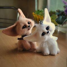 Купить Лисята-фенеки Ксюша и Кирюша - бежевый, фенек, лиса, лисенок, лисичка, шерстяная скульптура