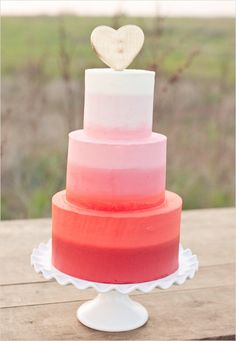 ombre cake with gold heart