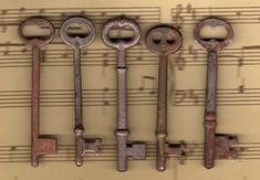 skeleton keys                 ****
