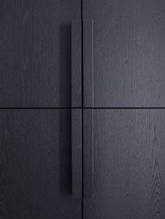 Joinery Details, Interior Inspiration, Design Inspiration, Door Detail, Wooden Cabinets, Cupboards, Furniture Handles, Wardrobe Design, Black Kitchens