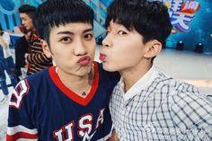 Henry And GOT7's Jackson Show Some SM+JYP Love Through Friendly Selfies | Soompi