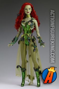 "POISON IVY: This doll is the prettiest bad girl. I think of ""Batman and Robin"" when I see this, Uma Thurman played P. in that movie. Her costume wasn't nearly as pretty as this doll's costume is. Jmo inspiration for costume idea Poison Ivy Cosplay, Poison Ivy Kostüm, Poison Ivy Dress, Poison Ivy Costumes, Leather Bodysuit, Batman, Superman, Doll Costume, Green Lace"