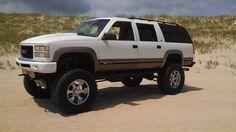 Big Chevy Trucks, Gm Trucks, Lifted Dually, Old Wagons, Chevrolet Suburban, Hummer, Bourbon, Offroad, 4x4