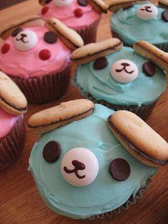 adorable bear cupcakes. baby shower idea