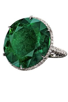 The Best Emerald Engagement Rings
