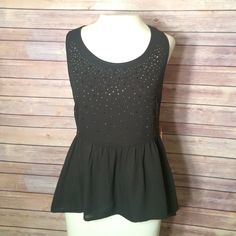 ❤️FLASH SALE❤️ Black embellished peplum tank top Super lightweight with a really unique back! Size small with zip up side and sparkle gems! . NO TRADES/PAYPAL! Fast shipping! Have questions on the size? Ask! I'm happy to provide all measurements! Tops