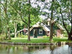 Ferienwohnung am Strand, PENSION - Ferienwohnung 5 Schlafzimmer, Schlafmöglichkeiten für 10 Ferienhaus in Broek op Langedijk  von @homeaway! #vacation #rental #travel #homeaway