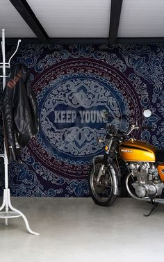 Wallpaper from Wall & Deco, Keep Young. Contemporary. Funky. Indigo/Others.
