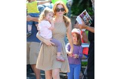 Isla Fisher, Olive Baron Cohen (right) and Elula Lottie Miriam Cohen (left)