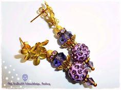 Goldveilchen Ohrstecker vergoldet violett & gold von Miss AraBeeXX Schmuckdesign auf DaWanda.com