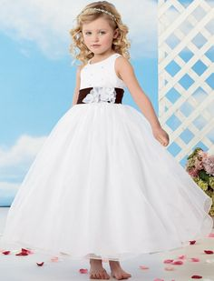 4dc7b9379c3a 2015 New Little Flower Girl Organza O Neck Belted Ball Gown Prom Dress  Children Pageant Dresses For Wedding China FG066-in Flower Girl Dresses  from Weddings ...
