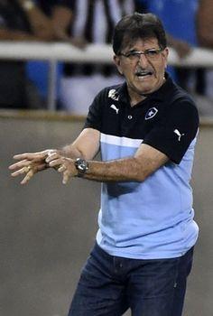 BotafogoDePrimeira: René Simões fala sobre saída do Bota e mostra insa...
