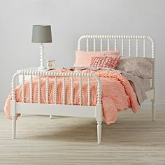 Jenny Lind Bed (White)    The Land of Nod