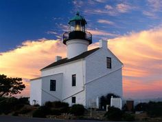 Old Point Loma Lighthouse, Cabrillo National Monument: San Diego, CA