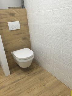 Cloakroom Toilet Downstairs Loo, Washroom, Bad Inspiration, Bathroom Inspiration, Toilet Room, Boutique Interior, Bathroom Design Small, Bathroom Flooring, Bathroom Interior