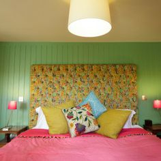 Lovely colour combinations in bedroom