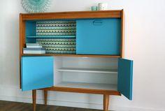 pimp your furniture / meubel pimpen vintage furniture with wallpaper backside #DIY #interior