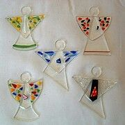 Christmas fused glass angels. (Link does not work but the picture gives some good ideas.