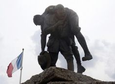 This sculpture is called Cobbers, and is part of the Australian memorial for the disastrous Battle of Fromelles. The battle was the first major action of the Australians on the Western Front and was an horrific baptism of fire for the Australians.