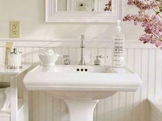 Светлые пастельные тона в ванной комнате в стиле шэбби шик!