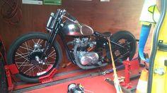 Classic bike Triumph Speedmaster bobber 1963 Transported