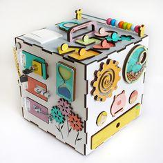 45 отметок «Нравится», 11 комментариев — ↟эко игрушки из дерева↟бизикуб (@kinder_smart) в Instagram: «Наш белый красавчик Листаем Напоминаю, что теперь у kindersmart новые кубики с новой волшебной…»