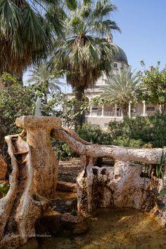 Mount of Beatitudes, Israel. https://www.flickr.com/photos/dnwinterburn/8807241425/