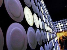 Spagna - Expo 2015 - Milan - Italy  Il Padiglione della Spagna propone un Viaggio del sapore che inizia con una valigia di 5x4 metri, punto di partenza di un'installazione audiovisiva dell'artista catalano Antoni Miralda.   Visitabile su www.mondoscatto.net sezione Eventi - Expo2015  #Expo2015 #SpagnaExpo2015