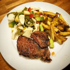 Beef with homemade fries and HOT jalapeño salad. 20 minutes.