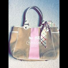 Authentic COACH!! Authentic coach bag! Little worn but still in great condition! Coach Bags