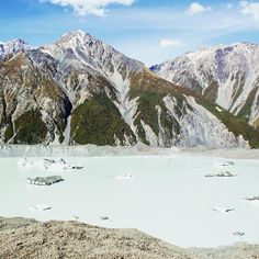 The full beauty of Tasman Glacier Lake, Aoraki/Mt Cook National Park.
