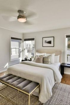 Guest Bedroom Decorating Ideas and Pictures 39 Guest Bedroom Decor Ideas Neutral Gray Modern Simple Neutral Bedroom Decor, Bedroom Decor For Couples, Guest Bedroom Decor, Glam Bedroom, Modern Bedroom Decor, Apartment Bedroom Decor, Guest Bedrooms, Bedroom Ideas, Master Bedroom