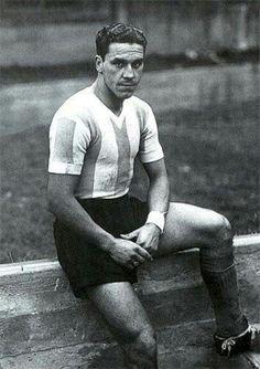 """José Manuel """"Charro"""" Moreno con la playera de la selección Argentina."""