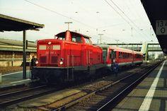 2002.02.14. 212-298 mit einen 628 Einheit im Bahnhof Gießen