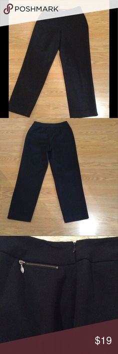Talbots black 6 knit pants Size 6 poly/rayon/viscose knit pants. Side zip entry, with zip pocket details at waist. Fitted but not a legging. Talbots Pants Trousers